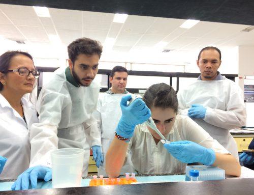 Investigador del Museo dicta por tercera vez un taller sobre códigos de barras genéticos en Colombia